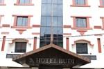 Отель Hotel Budi