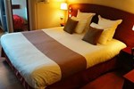 Отель Comfort Hotel Cachan Paris Sud