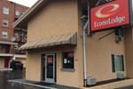 Отель Econo Lodge City Center
