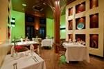 Отель Las Terrazas Resort & Residences