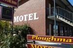Ploughmans Motor Inn