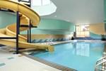 Отель Sheraton Suites Calgary Eau Claire