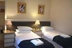Отель Woodside Hotel