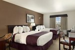 Отель Ramada Inn & Suites Red Deer