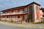 Отель Petros Italos