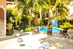 Отель The Bric Hotel
