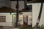Отель Hostal Calle Angosta Ecuador