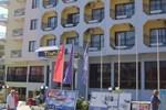 Отель Temple Hotel