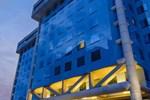 Отель Sheraton Suites Santa Fe