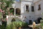 Отель Caravanserai Cave Hotel