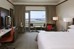 Отель Renaissance Concourse Atlanta Airport Hotel