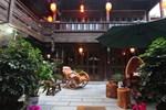 Отель Lijiang Retreat Boutique Hotel