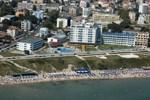 Отель Perla Beach I