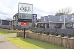 Gables Lakefront Motel