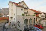 Отель Motel Demadino