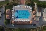Отель Umm Al Quwain Beach Hotel