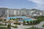 Отель Emerald Beach Resort & Spa