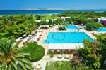 Отель Caravia Beach Hotel