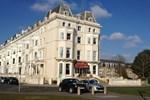Отель The Salisbury Hotel