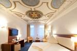 Отель Stadt-gut-Hotel Gasthof Goldener Adler
