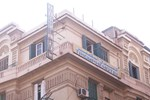 Хостел Triomphe Hostel