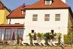 Гостевой дом Gästehaus & Heuriger Turm Wachau