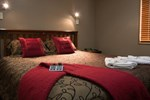 Отель Settlers Motel