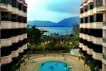 Отель Blue Bay Resort Lumut