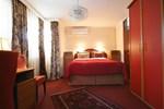 Halvat Hotel