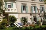 Отель Au Saint Roch - Hôtel et Jardin