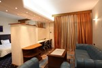 Отель Hotel Tsamis