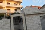 Апартаменты Apartments Huljic