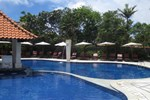 Отель Puri Raja Hotel