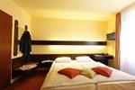 Отель Hotel Noss und Gästehaus