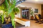 Отель Hotel El Almendro