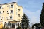 Отель Hotel Wien