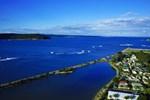 Отель Coachhouse Marina Resort