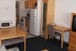 Отель Schell Motel