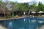 Laghawa Beach Hotel & Villa
