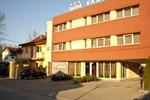 Отель Hotel Vandia