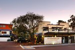 Отель Bay Village Resort & Spa Dunsborough