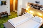 Отель Hotel Mitterhofer