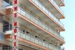 Отель John's Hotel