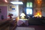 Отель Kyriad Hotel - Restaurant Carentan
