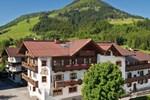 Отель Hotel Kirchenwirt
