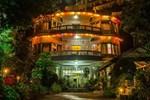 Отель Hotel Silver Oaks Inn