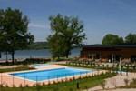 Отель Madame Vacances Les Chalets du Lac de la Vingeanne