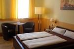 Отель Hotel Boos