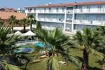 Отель Centro Vacanze Domus M.G.