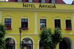 Отель Hotel Arkada